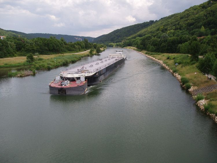 Transport fluvial et maritime, voies navigables