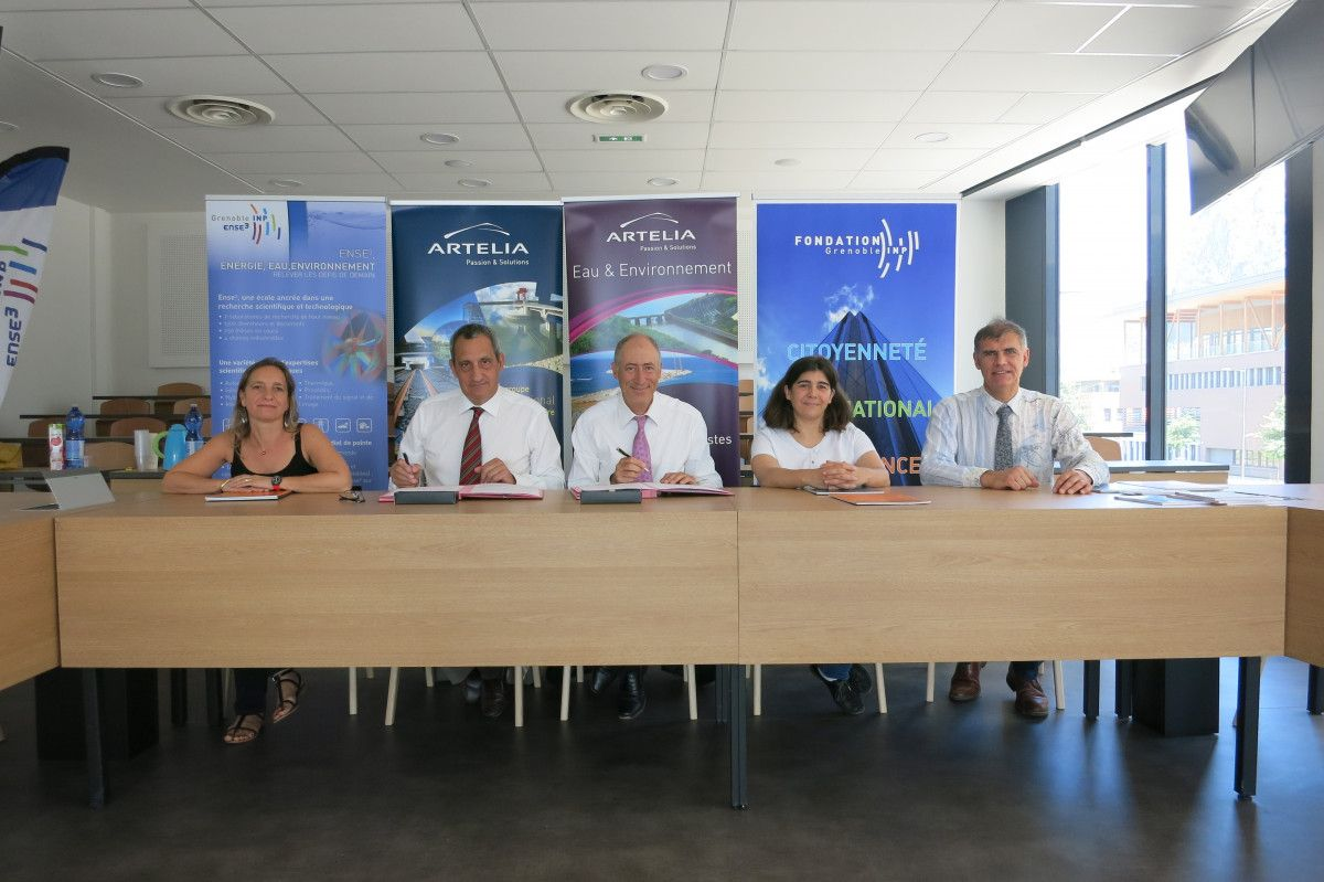 Artelia signs a partnership with Grenoble INP - Ense³, an engineering school that specialises in energy, water and the environment